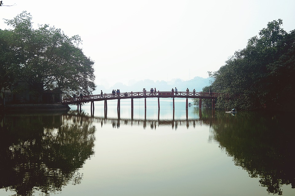 IDEAL TRAVEL GUIDE: HOW TO SPEND 48 HOURS IN HANOI