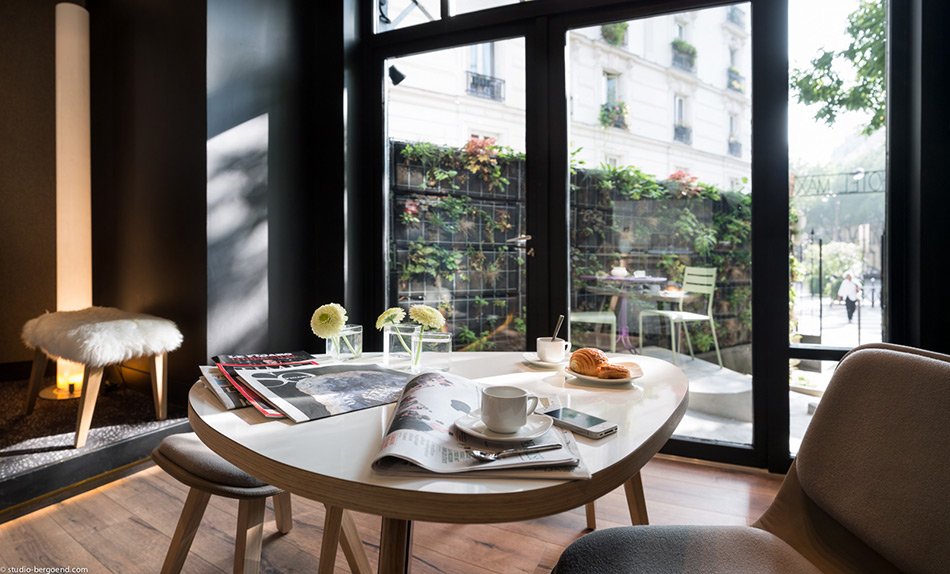 HOTEL REVIEW: HOTEL MAX, PARIS